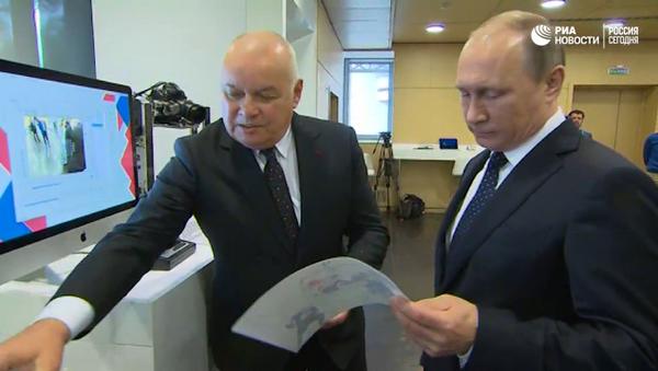 Putinovi v MIA Rossia Segodnia ukázali, jak pracuje rádio Sputnik - Sputnik Česká republika