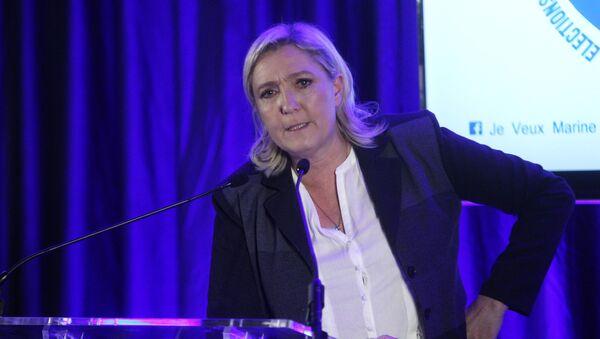 Předsedkyně francouzské Národní fronty Marine Le Penová - Sputnik Česká republika