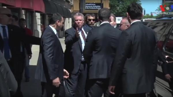 Erdoganovi strážci se pohádali s Američany o místo u prezidentova auta - Sputnik Česká republika