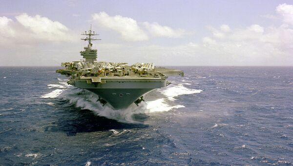 Letadlová loď vojenské flotily USA Dwight Eisenhower - Sputnik Česká republika
