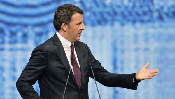 Matteo Renzi na plenárním zasedání Petrohradského mezinárodního ekonomického fóra - Sputnik Česká republika