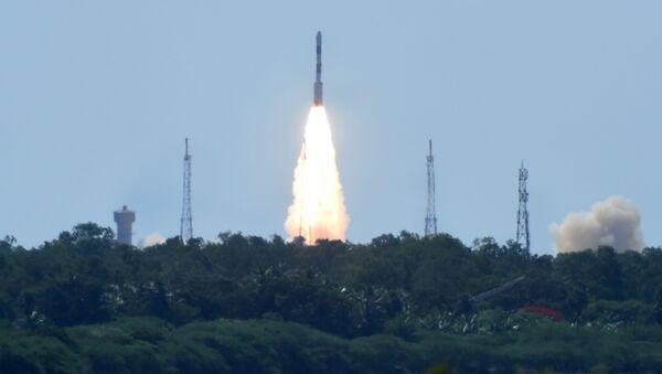 Start indické  rakety PSLV-C34 - Sputnik Česká republika