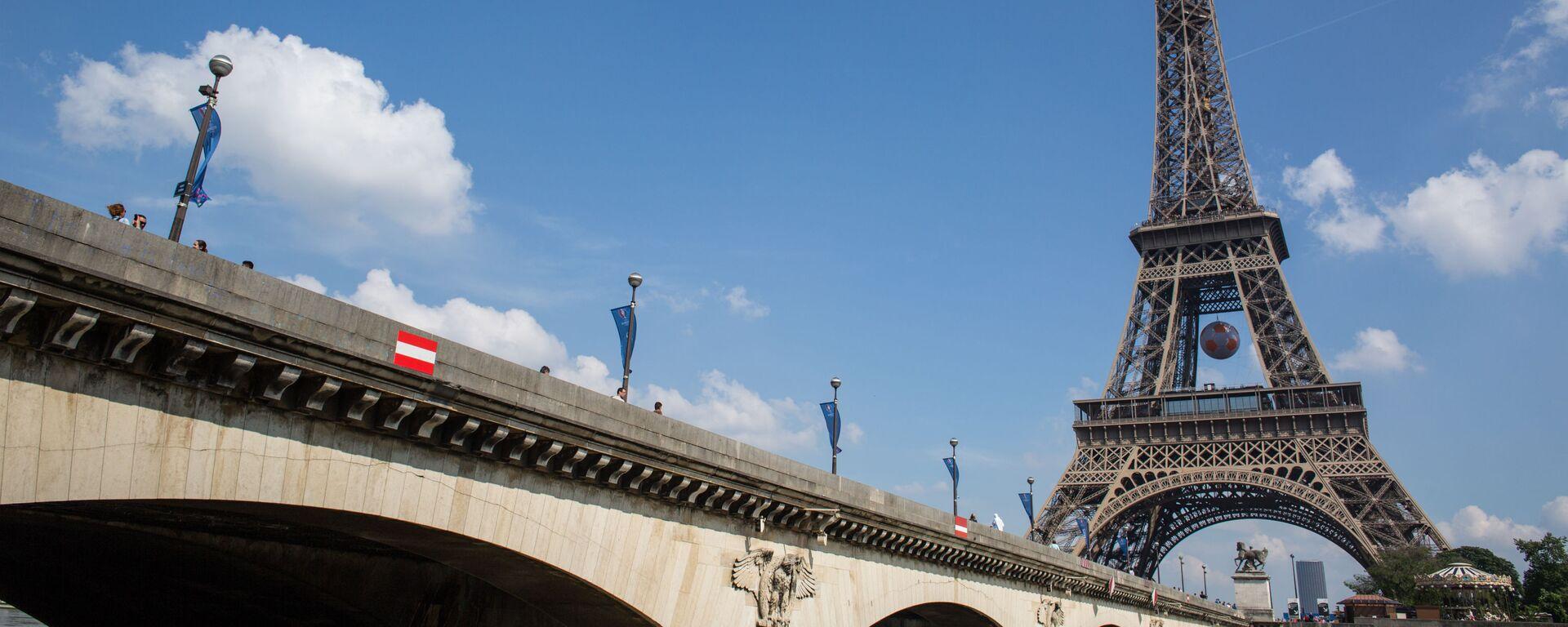 Eiffelova věž - Sputnik Česká republika, 1920, 14.07.2021