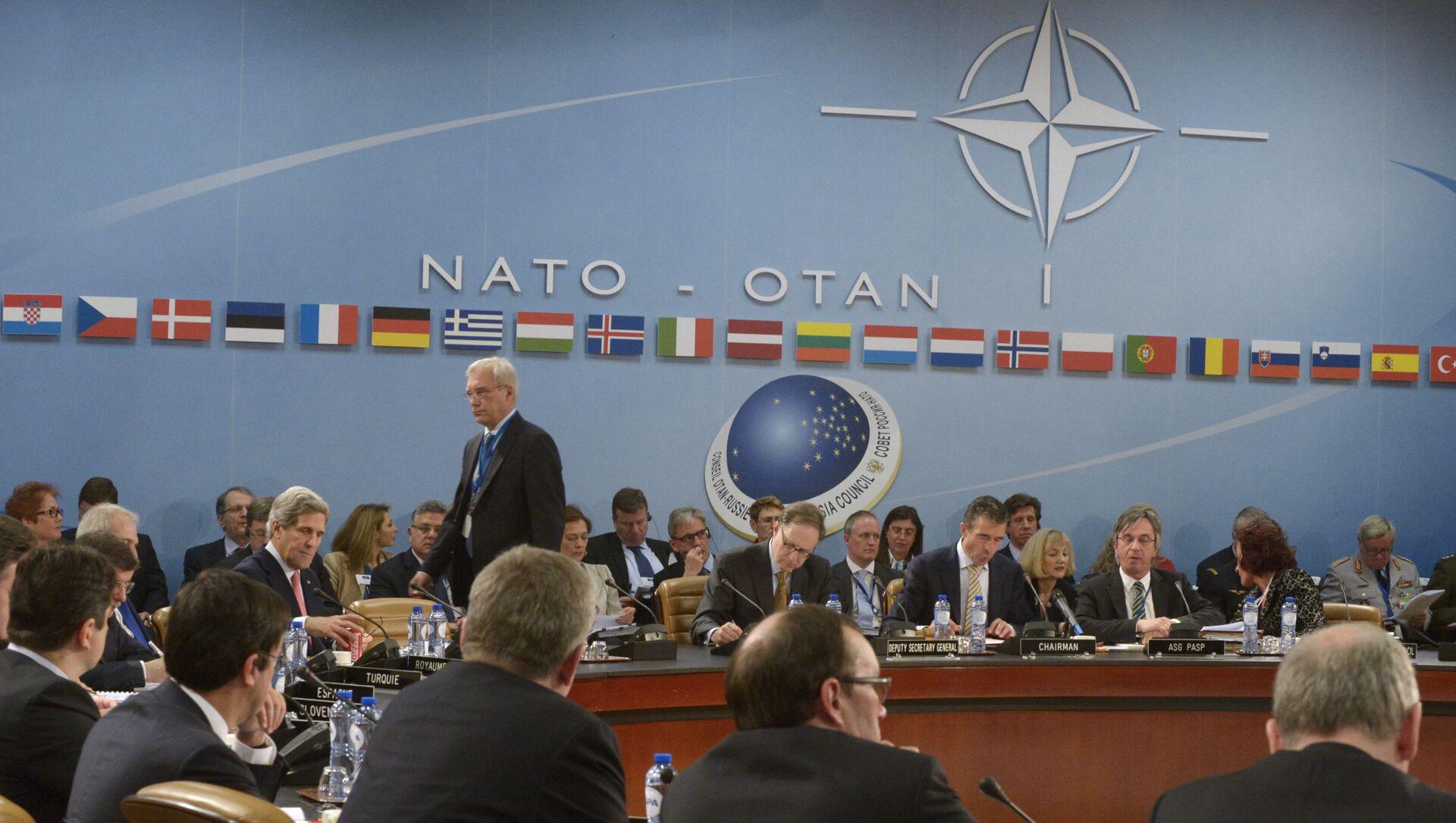 Zasedání Rady Rusko - NATO v Bruselu - Sputnik Česká republika, 1920, 22.03.2021