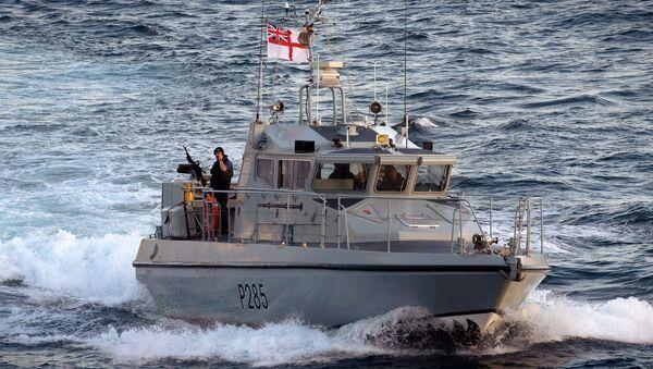 Hlídková lod´ HMS Sabre Britské flotily v Gibraltaru - Sputnik Česká republika