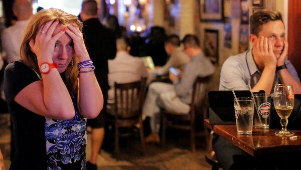 Reakce lidí v britském baru na výsledky referenda - Sputnik Česká republika