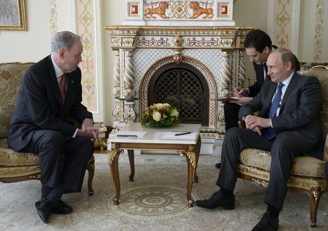 Schůzka expremiéra Kanady Jeana Chrétiena s ruským prezidentem Vladimirem Putinem