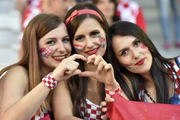 Nejhezčí fanynky na ME 2016 - Sputnik Česká republika