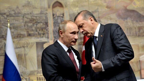Ruský prezident Vladimir Putin a turecký prezident Recep Tayyip Erdogan - Sputnik Česká republika