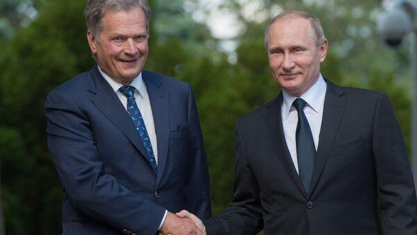 Finský prezident Sauli Niinistö a ruský prezident Vladimir Putin - Sputnik Česká republika