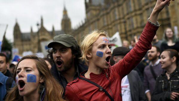 Protestní akce v Londýně po referendu Brexit - Sputnik Česká republika