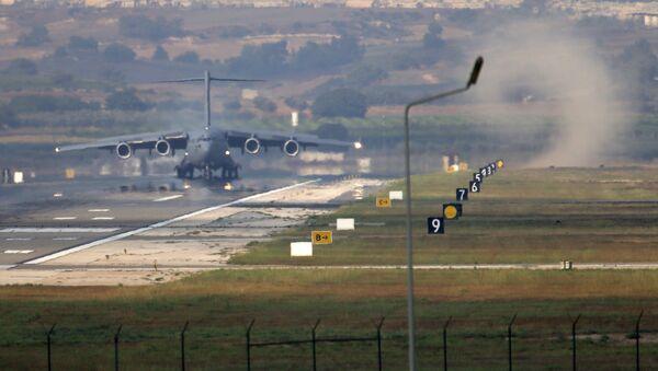 Letecká základna Incirlik, Turecko - Sputnik Česká republika