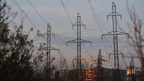 Dráty elektrického vedení v Lvovské oblasti - Sputnik Česká republika