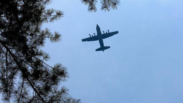Americké letadlo S-130 Hercules - Sputnik Česká republika