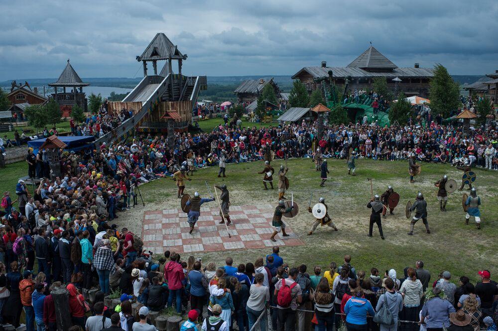 Středověká Rus: festival Abalakskoe pole
