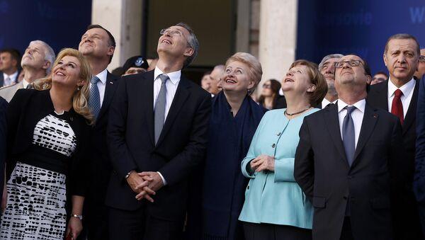 Prezidenti členských zemí NATO a generální tajemník NATO - Sputnik Česká republika