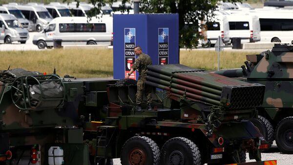 Vojenská technika na summitu NATO - Sputnik Česká republika