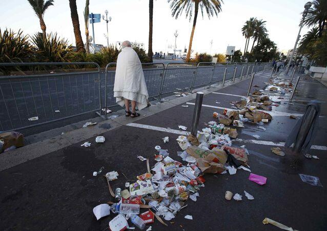 Promenade des Anglais v Nice po teroristickém útoku