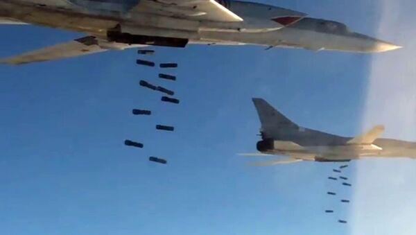 Ruské bombardéry Tu-22M3 zaútočily na objekty IS v Sýrii - Sputnik Česká republika