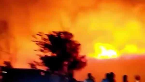 V Turecku vypukl nedaleko základny NATO velký požár - Sputnik Česká republika