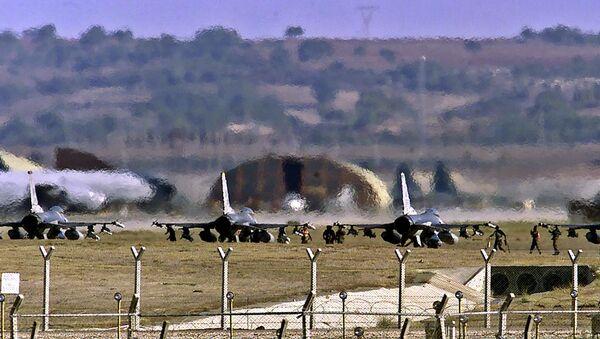 Základna Incirlik v Turecku - Sputnik Česká republika
