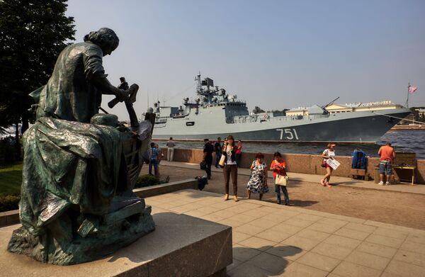 Od roku 1939 se přehlídky vojenských lodí konají v Rusku každoročně - Sputnik Česká republika