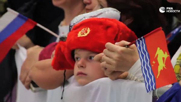 Fanoušci na letišti v Rio de Janeiro zazpívali ruským olympijským sportovcům Kaťušu - Sputnik Česká republika