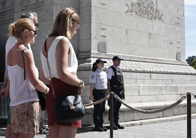 Turisté ve Francii