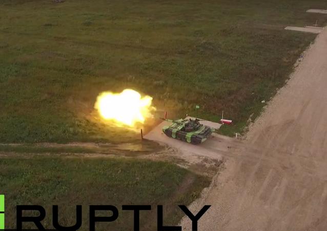 Bezpilotní letadlo natočilo tankový biatlon na Armádních hrách v Alabinu
