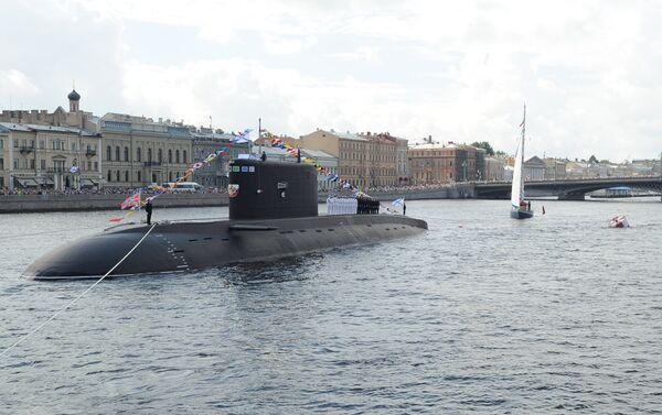 Ponorka v Něvě - Sputnik Česká republika