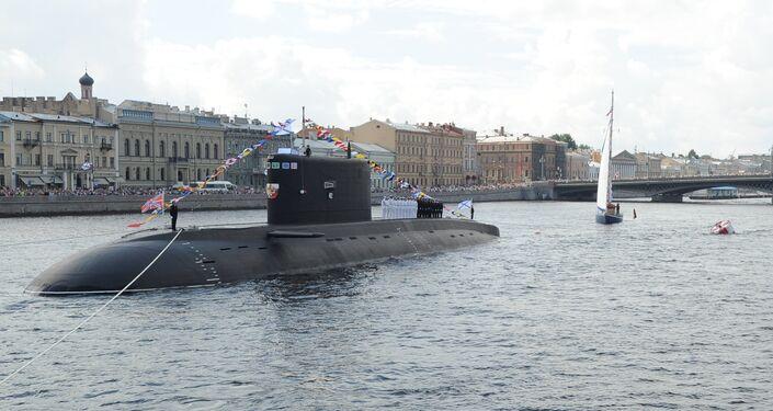 Ponorka v Něvě