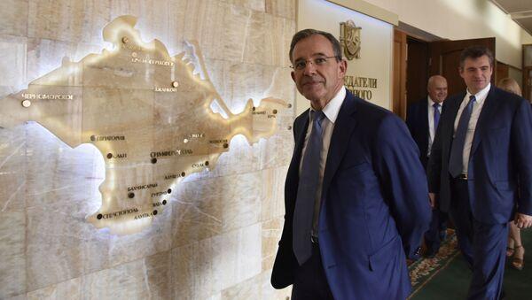 Francouzský poslanec Thierry Mariani během návštěvy na Krymu. Archívní foto - Sputnik Česká republika