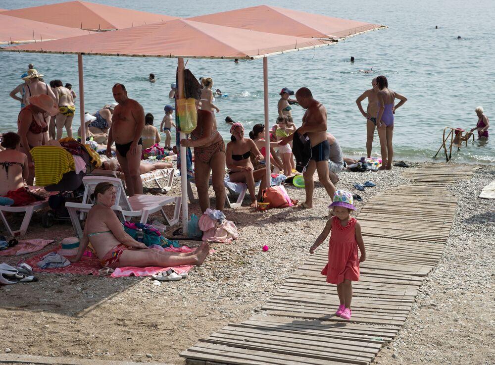 Pláž ve Feodosii.