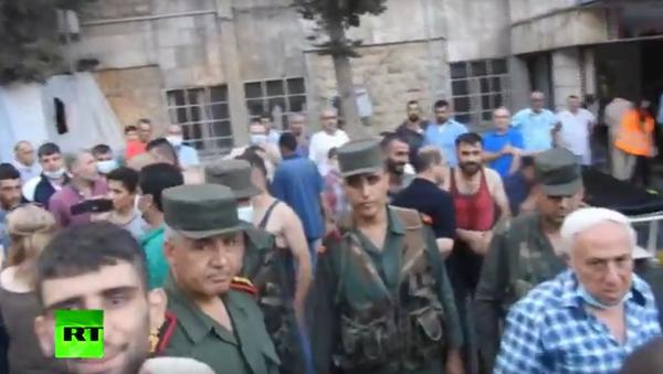 Na internetu se objevilo video následků chemického útoku v syrském Aleppu. VIDEO - Sputnik Česká republika