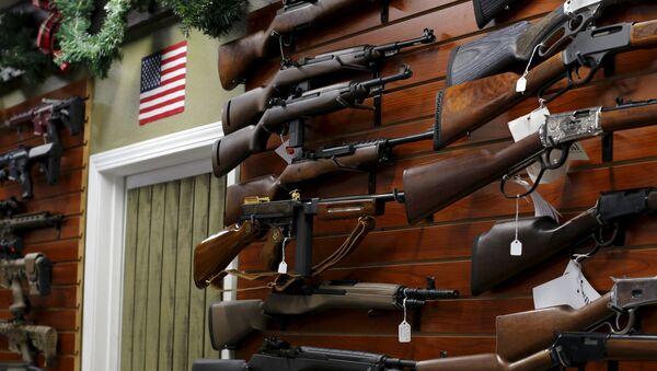 Americký obchod se zbraněmi - Sputnik Česká republika