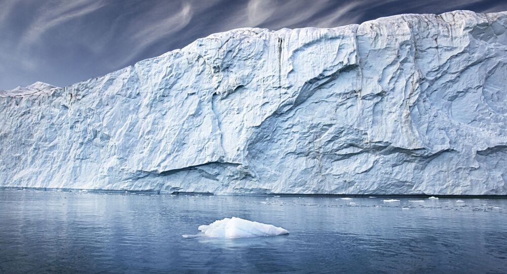 Ledovce v Grónsku. Ilustrační foto