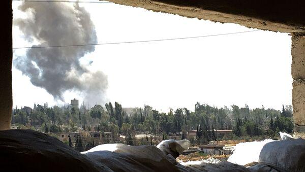 Syrské letectvo intenzivně bombarduje pozice bojovníků - Sputnik Česká republika