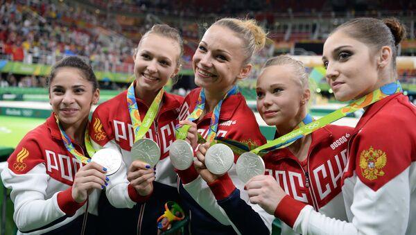 Ruská reprezentace v sportovní gymnastice na ceremonii vyznamenání - Sputnik Česká republika