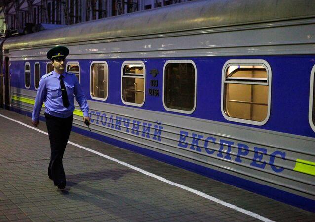 Vlak Moskva-Kyjev
