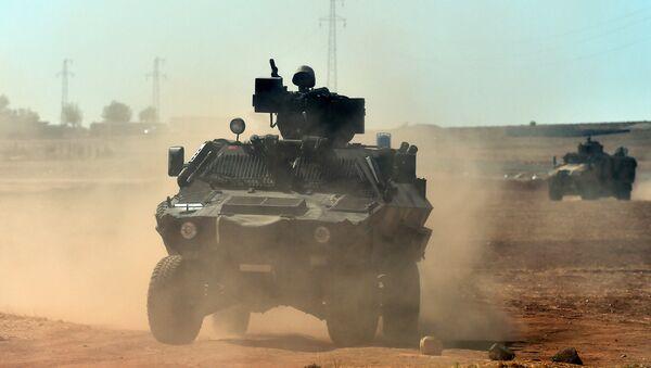 Turecká armáda na syrské hranici - Sputnik Česká republika