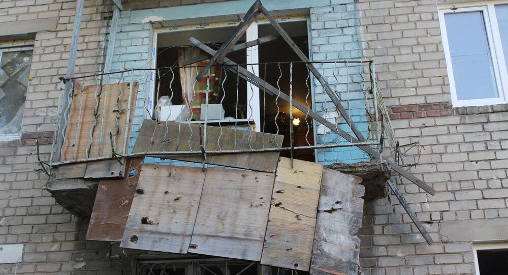 Následky ostřelování v Doněcku