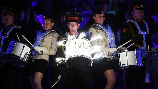 Suvorovský orchestr Moskevské vojenské hudební školy - Sputnik Česká republika