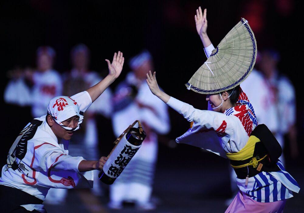 Herci folklórního kolektivu Ava Odori (Japonsko)