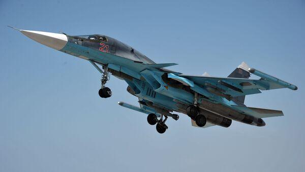 Stíhací letoun Su-34 na základně Hmímím - Sputnik Česká republika