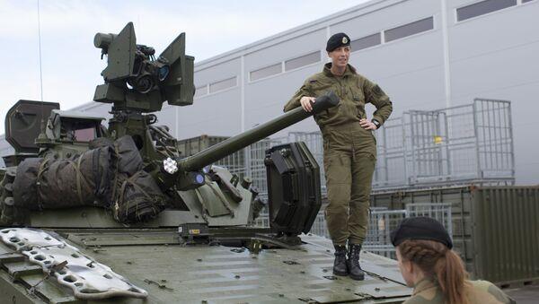 Obrněný transportér CV90 - Sputnik Česká republika