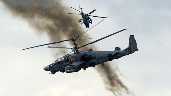 Bitevní vrtulník Ka-52 Alligator během ukázkových cvičení - Sputnik Česká republika