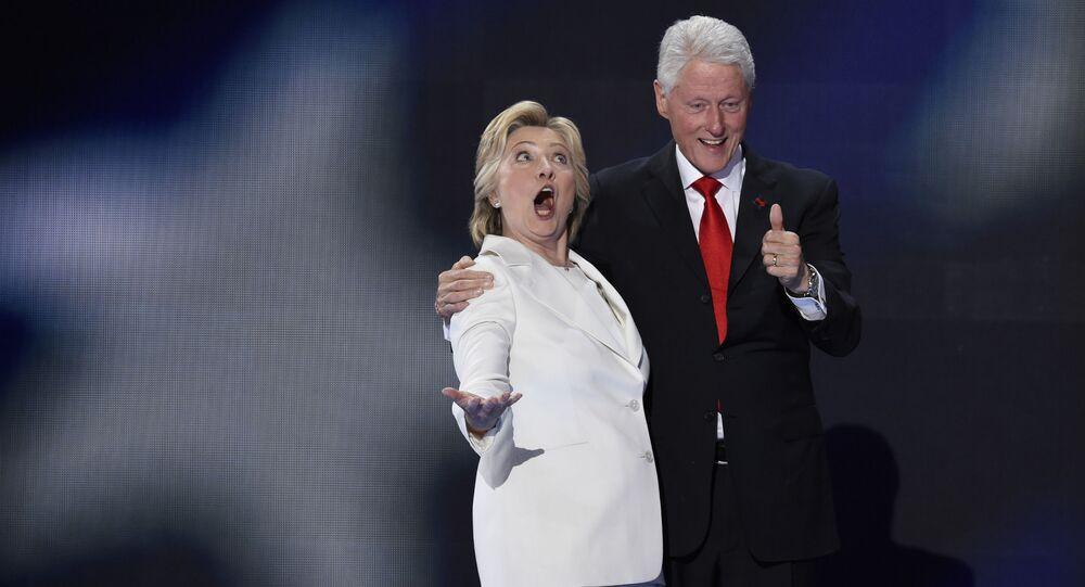 Hillary a Bill Clintonovi