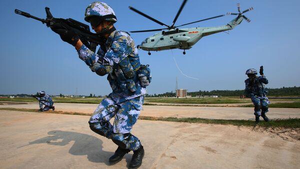 Vojenské cvičení v Číně (Ilustrační foto) - Sputnik Česká republika