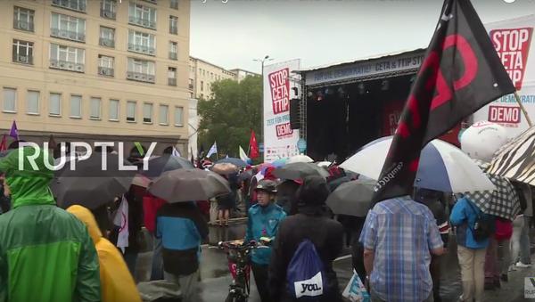 Protesty proti CETA a TTIP v Berlíně - Sputnik Česká republika
