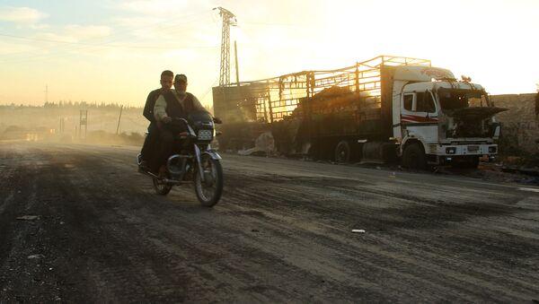 Zničené nákladné auto - Sputnik Česká republika